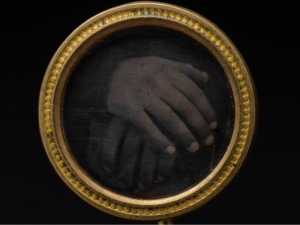 Daguerreotype Button
