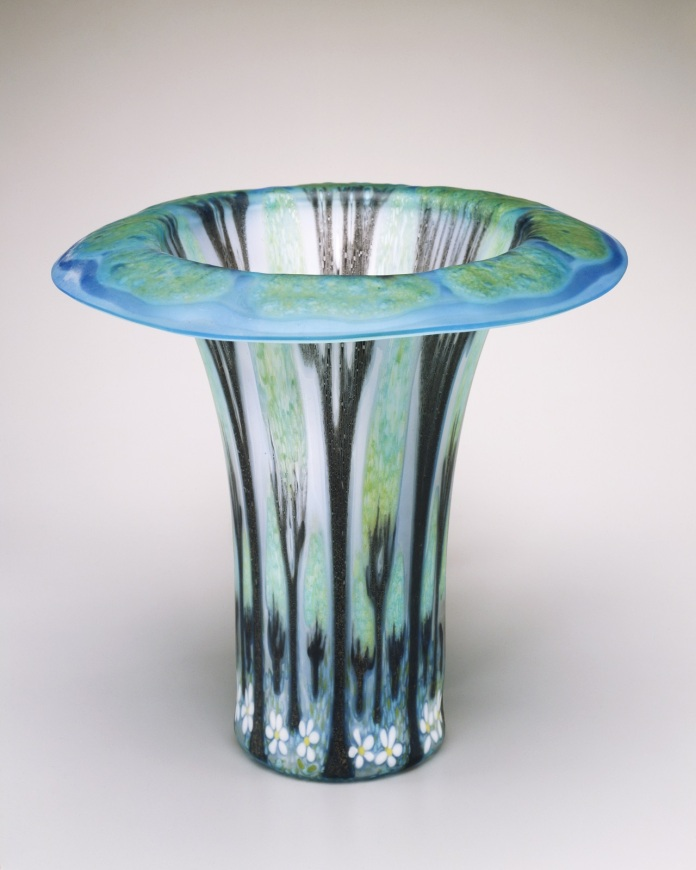 Frances Stewart Higgins, Tree Vase, 1984, plate glass, slumped, Toledo Museum of Art, Gift of Don and Carol Wiiken, 1993.88