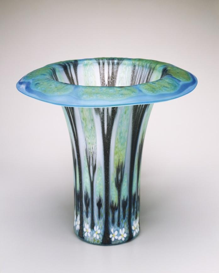 Frances Stewart Higgins, Tree Vase, 1984, plate glass, slumped, Toledo Museum of Art, Gift of Don and Carol Wiiken, 1993.88